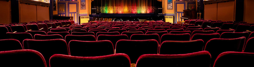 best-movie-theatres-canada-patricia