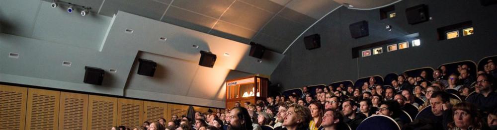 Kino-Dukla-plny-sal